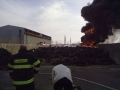 Požár skladu pneumatik 2012